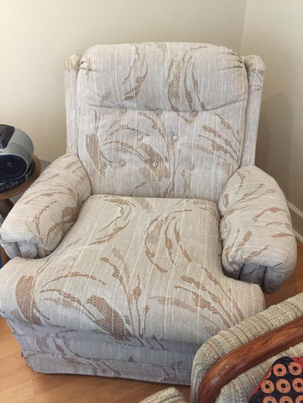 FREE: Great Man Cave Chair