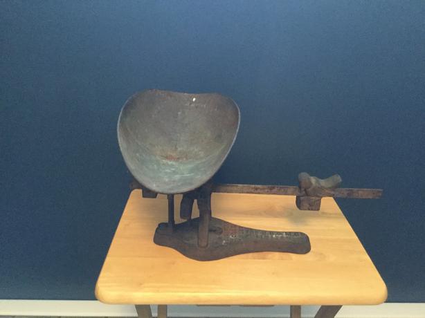B.S.M antique cast iron scale