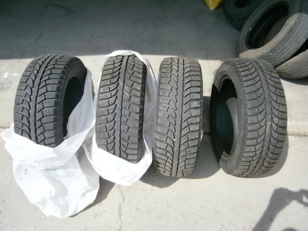 225/55/18 CHAMPIRO SET OF 4 ALL WEATHER TIRES JUST LIKE NEW