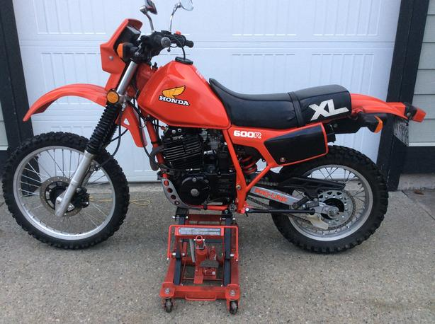 Mint 1983 Honda XL600R