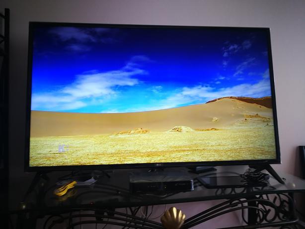 """LG 50"""" UHD Smart TV"""