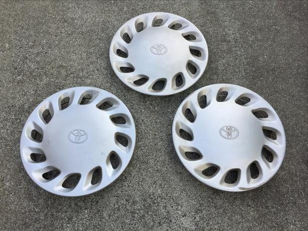 "Toyota original parts  - early 90s Previa wheel covers for 14"" steel wheels"
