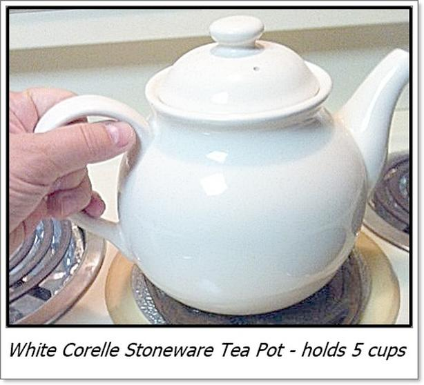 White Corelle Stoneware Tea Pot (holds 5 cups)