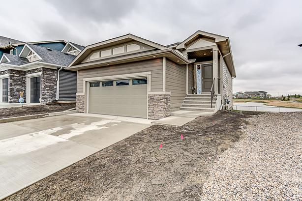 Gorgeous Fully Developed Walkout Bungalow Backing Onto Pond