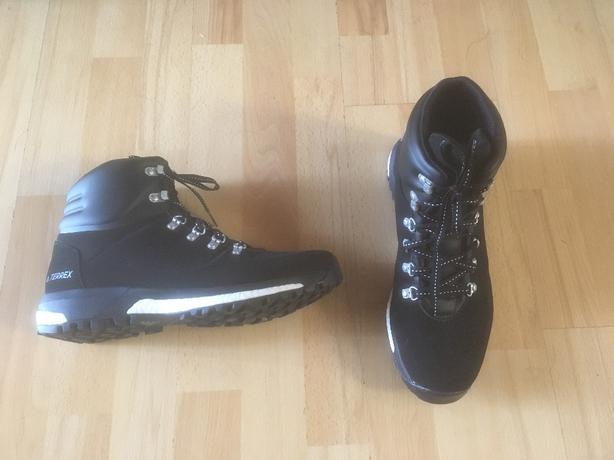 Adidas Men's Terrex Pathmaker Climawarm Boots S80795  Men's size 10 US 44 EUR