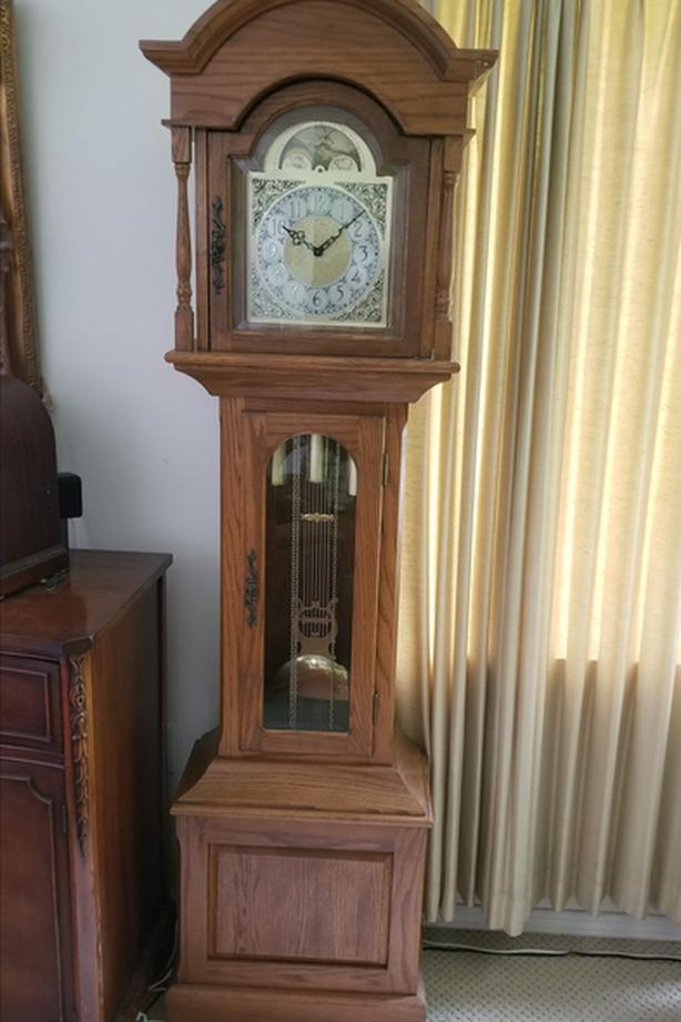 Lovely Oak Long Cased  clock.