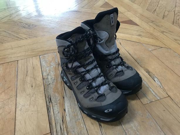 f978df514d Salomon Women's Hiking Boots Size 9 (Hikers) Saanich, Victoria