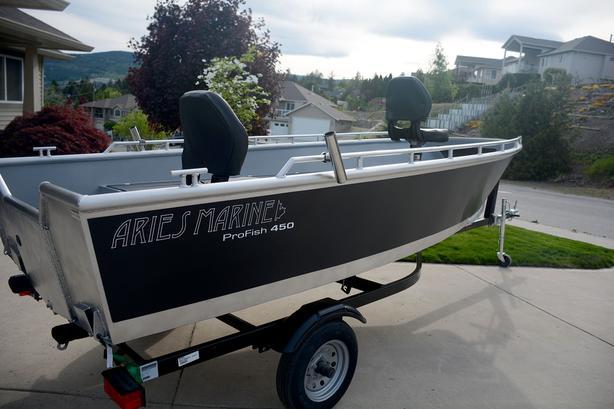 2019 Aries Marine Profish 450 16' aluminum Fishing Boat