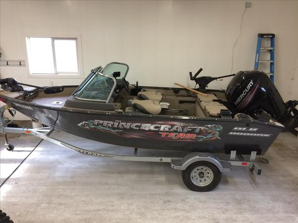 2017 Princecraft 16.8 ft. fishing/sport boat