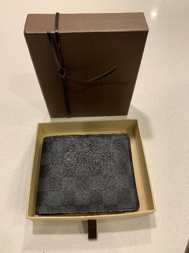 $350 · Louis Vuitton Mens Wallet