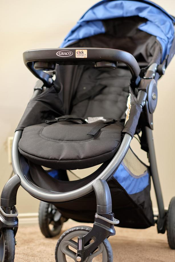Graco Travel System 35lx, stroller, carseat and base