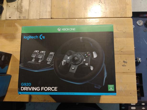  Log In needed $210 · logitech g920 racing wheel xbox one and pc