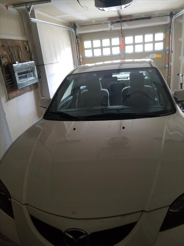 2008 Mazda3 with very good condition alloy wheels etc