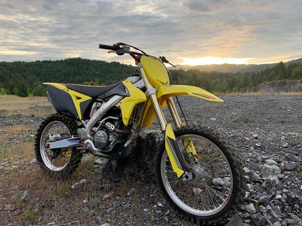 2014 Suzuki RMZ250 (MINT CONDITION)