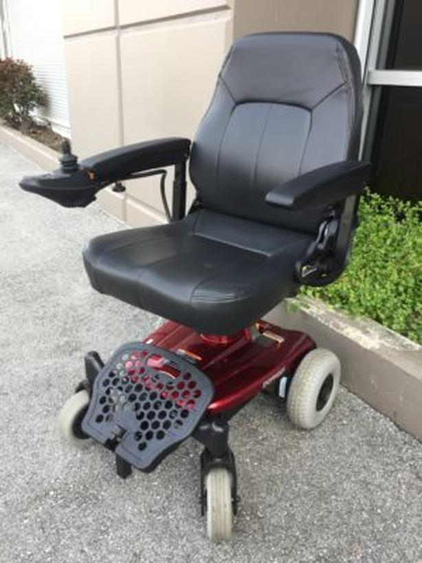 SHOPRIDER PORTABLE ELECTRIC WHEELCHAIR