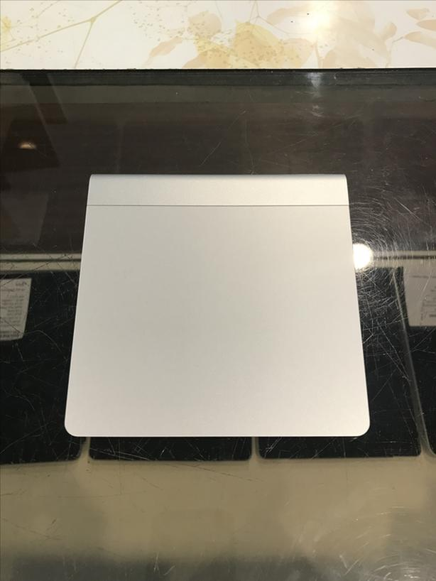 Apple Bluetooth Wireless Magic Trackpad w/ Warranty!