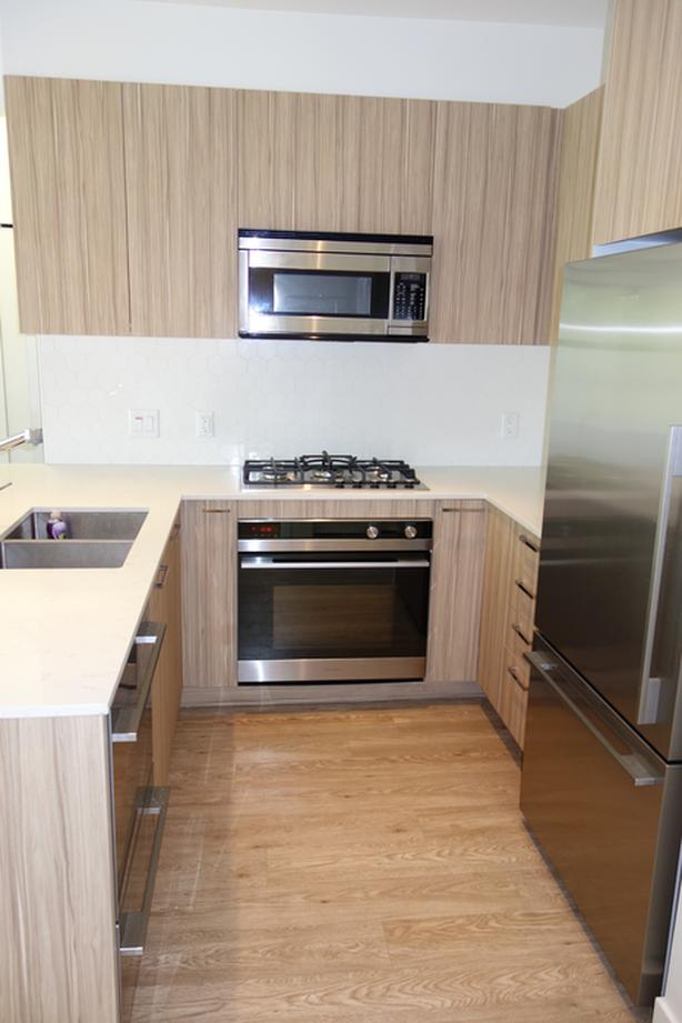 North Vancouver 2 Bed + Den Centrally Located
