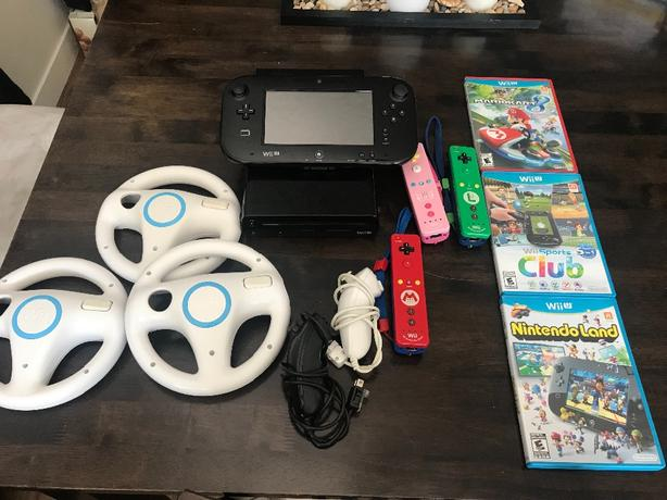 Wiiu with controllers/games