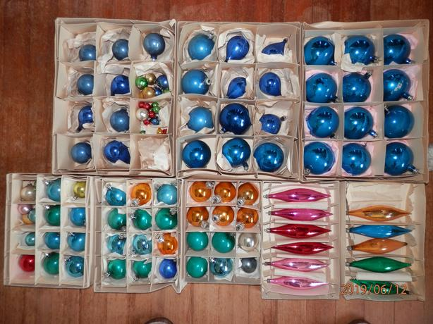 Christmas Decorations - Glass Baubles