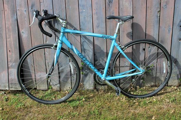 5bc973e581c Giant OCR 3. Excellent condition bike ...
