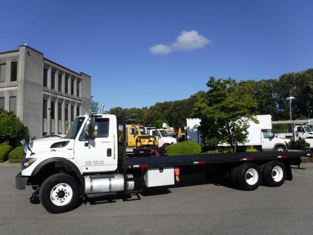 2012 International 7400 Flat Deck 28 foot Diesel With Air Brakes
