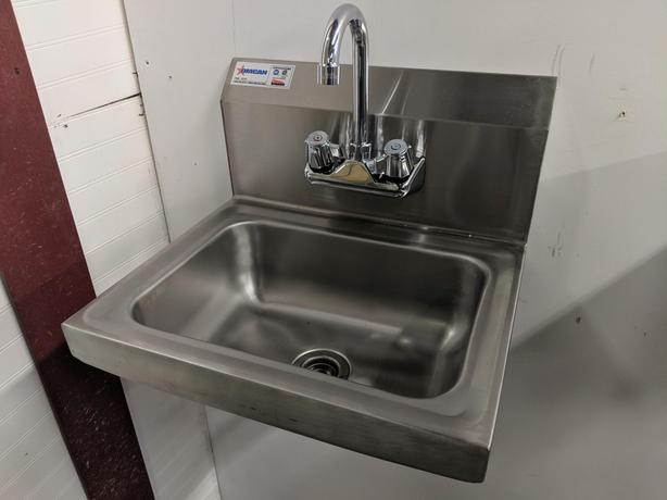 Stainless Work Tables & Hand Sinks – June 16 Stainless Fixtures Auction