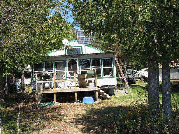 NEW PRICE - CAMP- CLEAR LAKE -SEARCHMONT