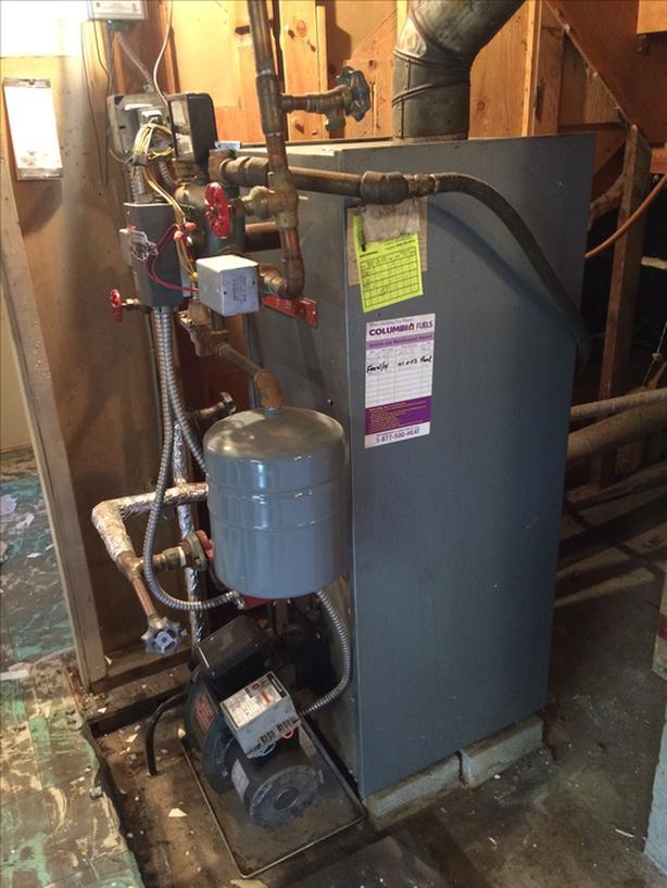 FREE: Fully Functioning Oil Furnace, Radiators & Tank