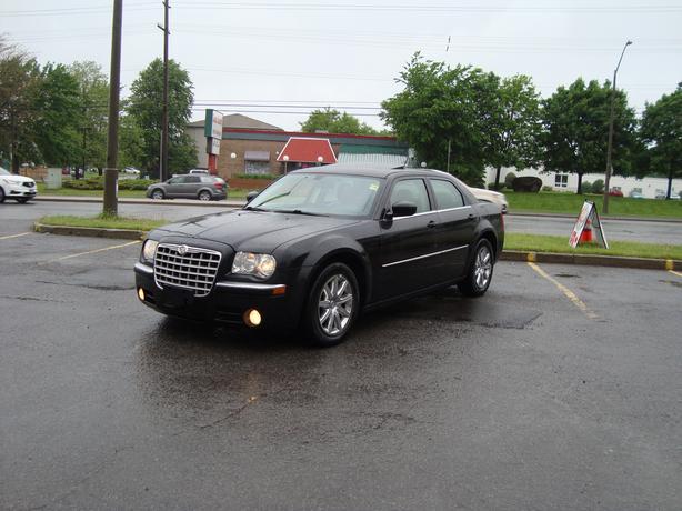 2008 Chrysler 300 Limited ***Fully Loaded***