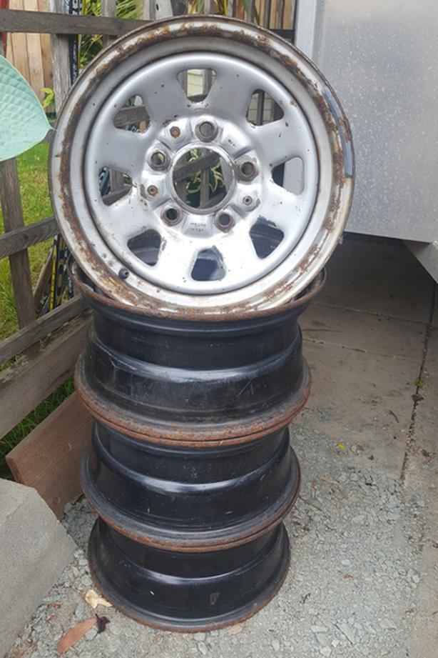 """16"""" wheels 5 lug by 5.5"""
