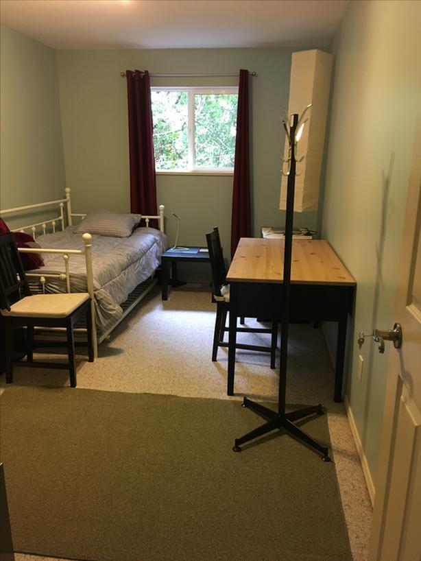 FEMALE Furnished bedroom, Brentwood Bay,  Aug/Sept