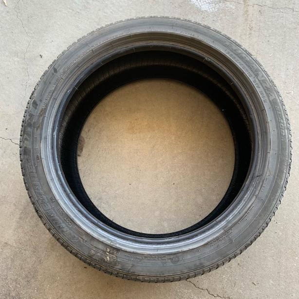 Mint Condition 1 tire Bridgestone Turanza EL400 -225/45/18 91V