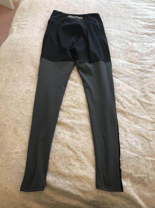 946e471bd6d83 Nikki Blackketter GymShark Leggings Size Small West Shore: Langford ...