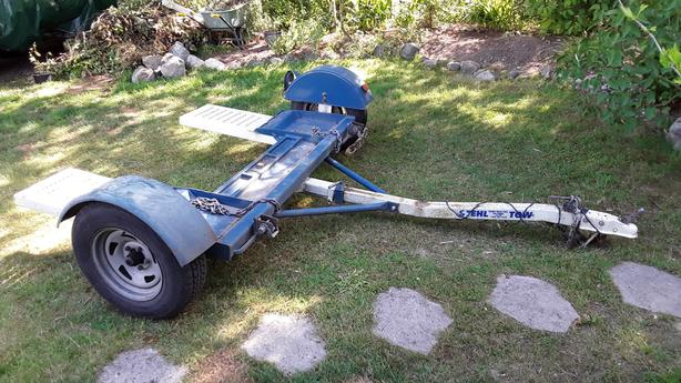 Car tow Dolly Central Saanich, Victoria