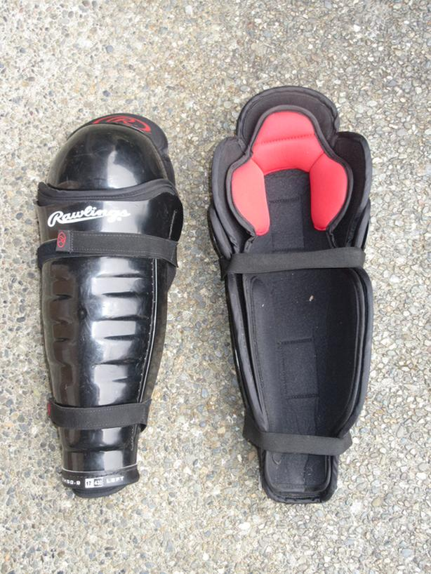 Rawlings shin guards - $8