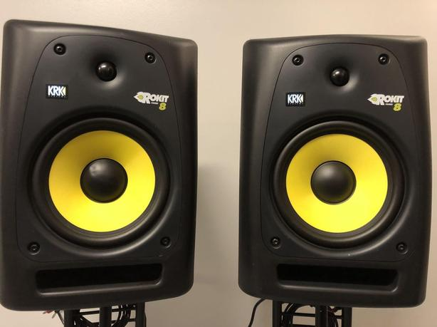 KRK ROKIT 8 G2 AUDIO MONITORS / SPEAKERS