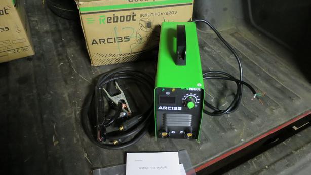 ARC135 Dual Voltage 110V-220V Stick Welder 135A MMA Inverter Welding Machine