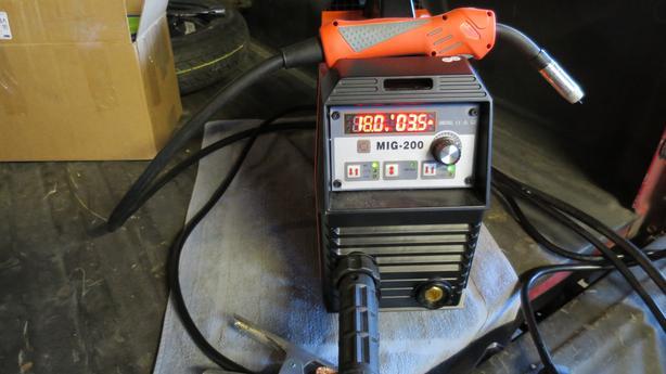 MIG Welder Inverter 200 AMP 220V DC MIG MAG ARC