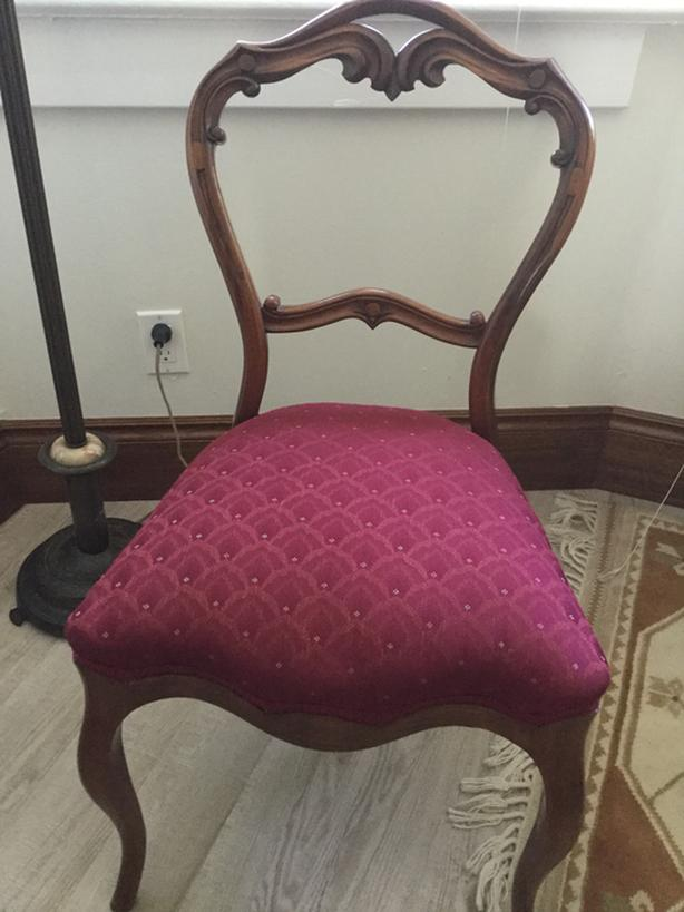 Antique upholstered Sidechair