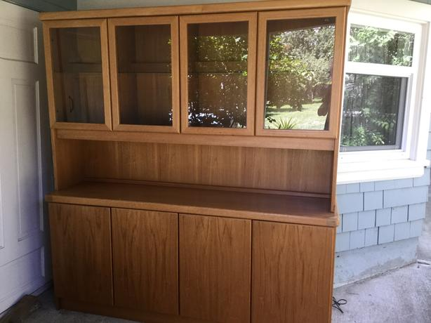 Danish. Teak Sideboard n Hutch