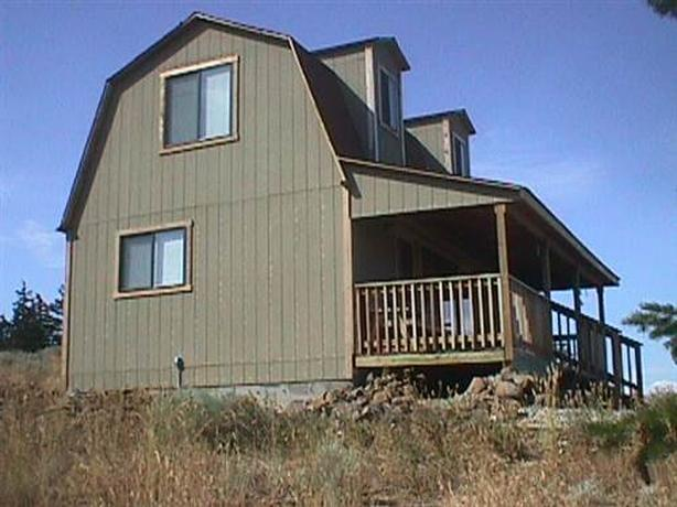 Two Story Dry Cabin on 27 acres near East Wenatchee