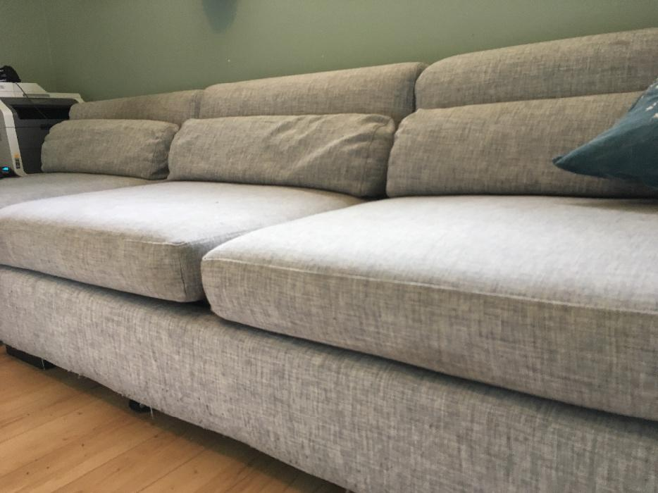 Large sectional couch - Very comfy! Saanich, Victoria