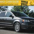 2016 Chrysler Town & Country Touring-L No Accidents Low Kilometers