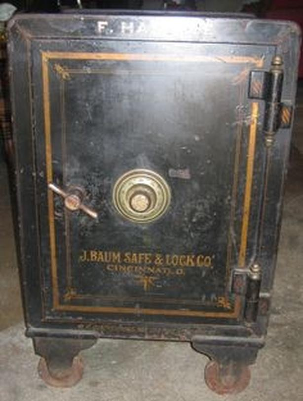 WANTED: old style safe
