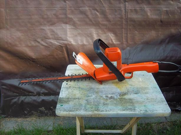Electric hedge trimmers, various