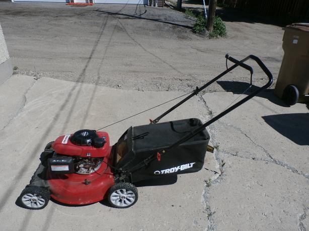 Troy-Bilt 160cc 3-in-1 Push Lawn Mower, 21-in