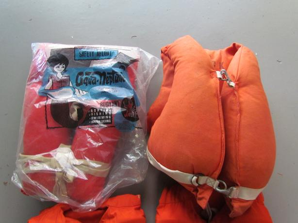 Lifebelt and Life Jackets (offers)