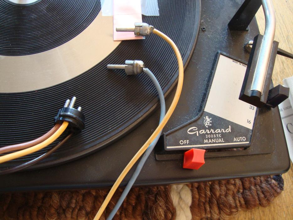 $5 · Garrard 2025TC turnable/record player
