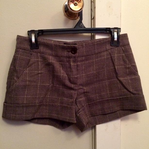 Brown & Gold Plaid Shorts, Ladies Small