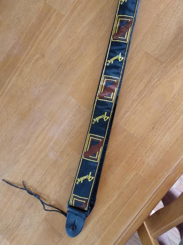 fender guitar strap